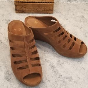 Johnston and Murphy soft brown wedges
